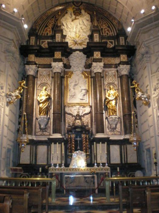 big-es-es-retablo-capilla-de-la-comunion_